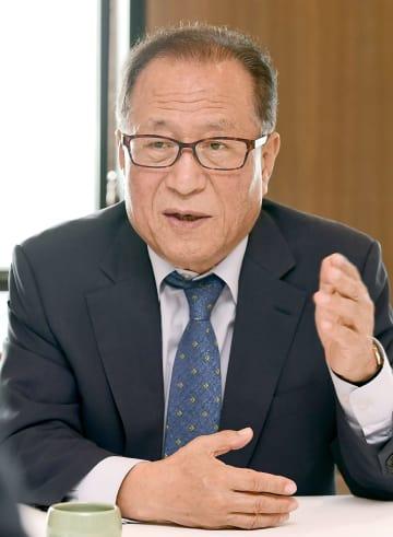 インタビューに答える韓国の丁世鉉・元統一相=13日、ソウル(共同)