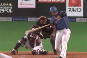 6回に2点タイムリー二塁打を放った日本ハム・中田翔【画像:(C)PLM】