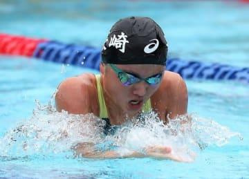 【競泳少年女子B100メートル平泳ぎ決勝】1分11秒70で6位と健闘した小関(青雲中)=敦賀市総合運動公園プール