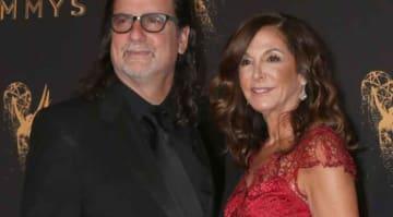 Glenn Weiss proposes to girlfriend in 2018 Emmys speech