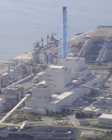 北海道電力苫東厚真火力発電所=12日、北海道厚真町