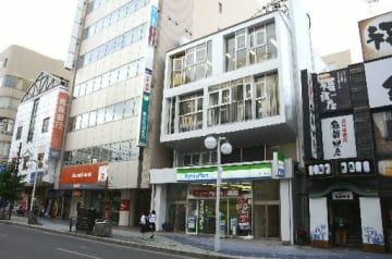 市中心部の商業地で県内で唯一地価が上昇した「八戸市三日町4の1」付近。中心街活性化への期待感の高まりが背景にある=18日