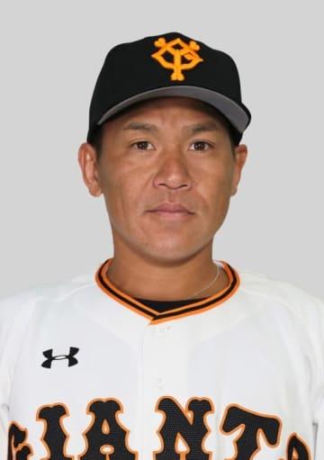 巨人の脇谷亮太内野手