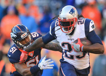 Patriots' LeGarrette_Blount Sets Record for Rushing TDs vs Broncos