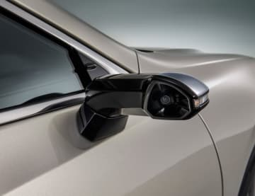 「デジタルアウターミラー」(画像: トヨタ自動車)