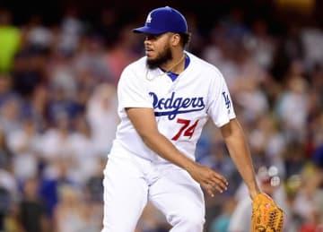 Kenley Jansen Leads Dodgers to 4-1 Win vs Nationals