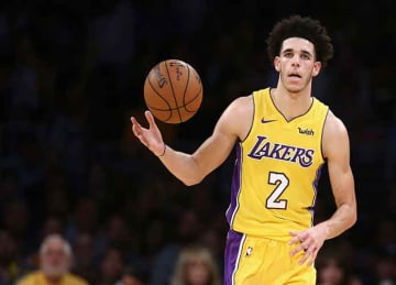 Lonzo Ball's no-look steal in loss vs. Wizards