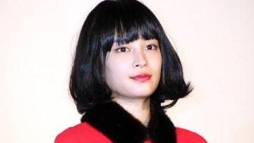 映画「SUNNY 強い気持ち・強い愛」の大ヒット御礼舞台あいさつに登場した広瀬すずさん