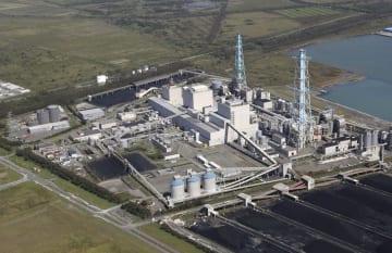 北海道電力の苫東厚真火力発電所=9月6日、北海道厚真町
