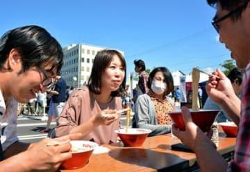 完食ご麺~地元と全国の店コラボ 酒田のラーメンエキスポ