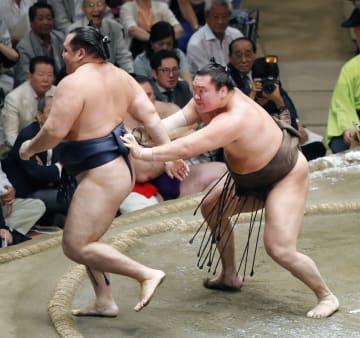 하쿠호, 14번째 전승 우승