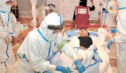 医師らが原発事故による負傷者の受け入れ手順を確認した研修