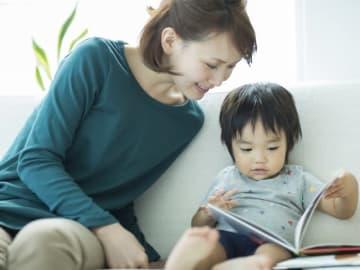 子供がぐずったり言うことを聞かなかったりしたときに、つい感情的に怒ってしまい、後悔して自己嫌悪に陥るママは多いでしょう。頭では分かっているけれど、実際の感情のコントロールが難しいママへ、おすすめの対策をご紹介します。