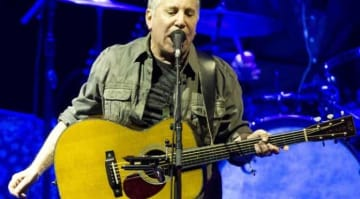 Paul Simon 2016: Sting and Paul Simon perform live in concert