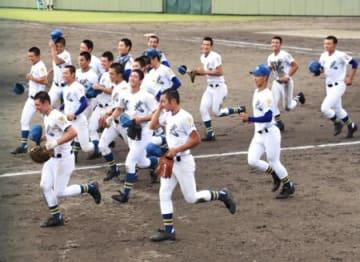 聖光学院終盤一気 日大東北力尽きる 秋季高校野球県大会