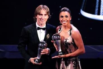 最優秀選手に選ばれたモドリッチ(左)photo/Getty Images