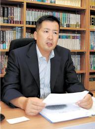 うと・あきひろ 1973年鹿児島県生まれ。2005年仙台弁護士会入り。同弁護士会災害復興支援特別委員会副委員長を経て、18年に委員長。日弁連災害復興支援委員会副委員長も務める
