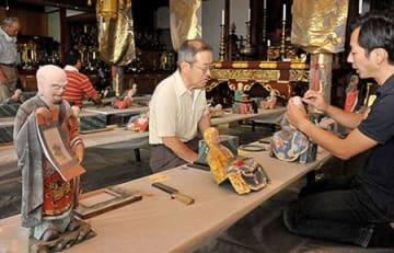 180年前の色、取り戻す 五百羅漢像の修復作業公開・高畠