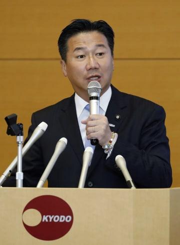 講演する立憲民主党の福山幹事長=25日、東京・東新橋