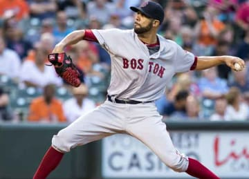David Price not opting out of Red Sox' contract