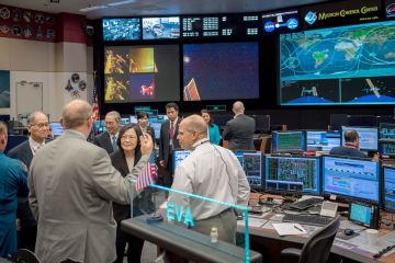 Taiwan president at NASA