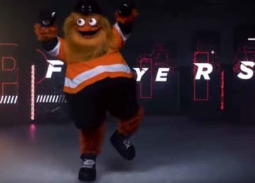 Flyers unveil new mascot Gritty
