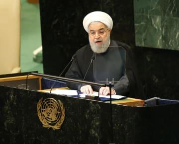 25日、国連総会で演説するイランのロウハニ大統領=ニューヨーク(UPI=共同)