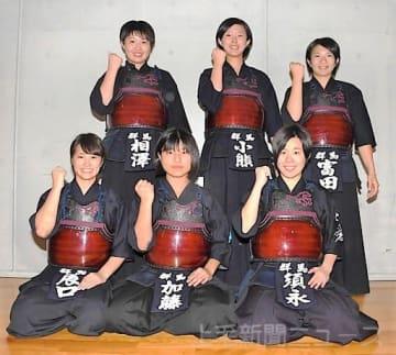 14年ぶりに本戦切符を手にした少年女子の(左上から時計回りに)相沢、小熊、富田、須永、加藤、辰口