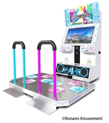 アーケードゲーム「DanceDanceRevolution A」(C)Konami Amusement