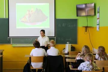 中欧班列、中国·ポーランド青少年友好交流を推進