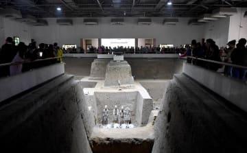 国慶節の大型連休目前 秦の兵馬俑、観光熱高まる