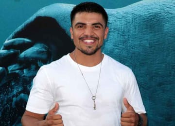 Victor Ortiz accused of rape, has fight canceled