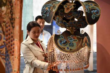 多彩な輝き放つ、第3回シルクロード(敦煌)国際文化博覧会開催