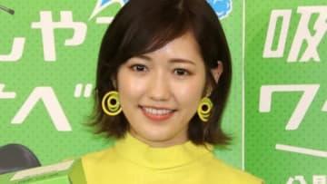 東京ヤクルトスワローズ対阪神タイガース戦で始球式に初挑戦した渡辺麻友さん