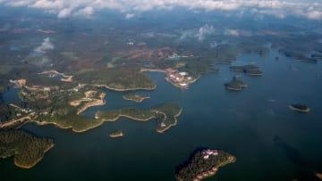 空から見た海岸都市 広西チワン族自治区北海市