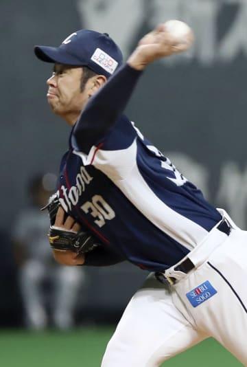 7回1失点で11勝目を挙げた西武・榎田=札幌ドーム