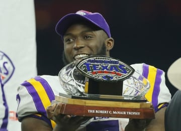 Leonard Fournette out for season with hamstring injury