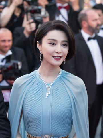 中国税務当局、女優·范氷氷氏の脱税認定 8億元支払い命令
