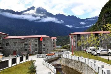 勒布溝を訪ねて チベット自治区ツォナ県