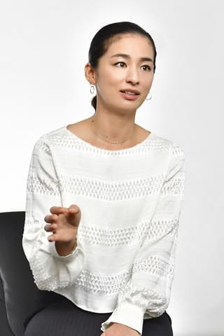 インタビューに応じた尾野真千子さん 提供:Paravi