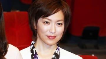連続ドラマ「結婚相手は抽選で」の制作発表会見に登場した若村麻由美さん