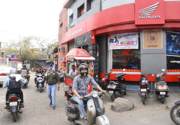 Honda sales outlet in India