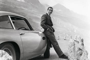 アストンマーティン・ジャパン:映画007シリーズのボンド・カー 7台が、10月5日にロンドン市内に登場!