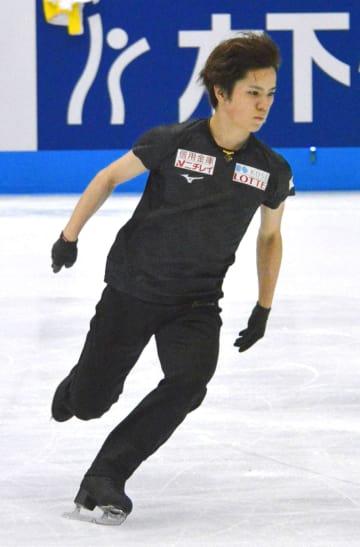 ジャパン・オープンの前日練習で調整する宇野昌磨=さいたまスーパーアリーナ