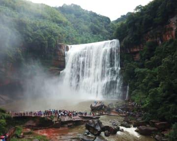 国慶節連休前半の国内観光客、延べ5億200万人 中国文化·観光部