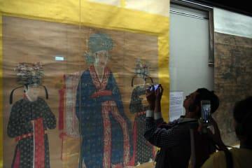 「国宝を再び-書画の精華 特別展」台北故宮博物院で開催