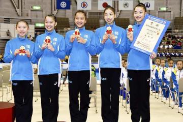 福井国体新体操少年女子で3位に輝いた福井=10月8日、サンドーム福井