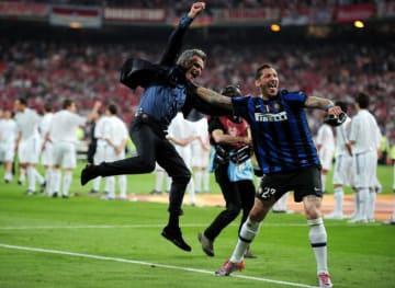 インテルで3冠を果たしたモウリーニョ photo/Getty Images