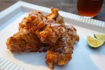 おつまみレシピ 甘辛たれの鶏アーモンド揚げ
