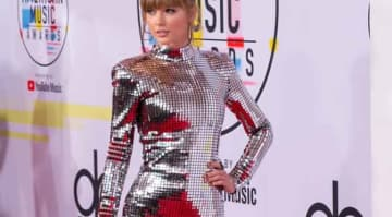 AMAs 2018: Taylor Swift Wins Artist Of The Year Award, Encourages Everyone To Vote In Midterm Election [Winners List]
